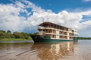 La Estrella Amazonica-port